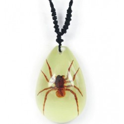 Necklace - Brown Recluse Spider (Glow-in-the-dark)